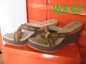 Model Sandal Wedges Wanita Surabaya